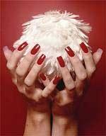 Красим ногти правильно