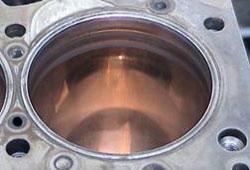 Цилиндр двигателя внутреннего сгорания после обработки Реагент 3000